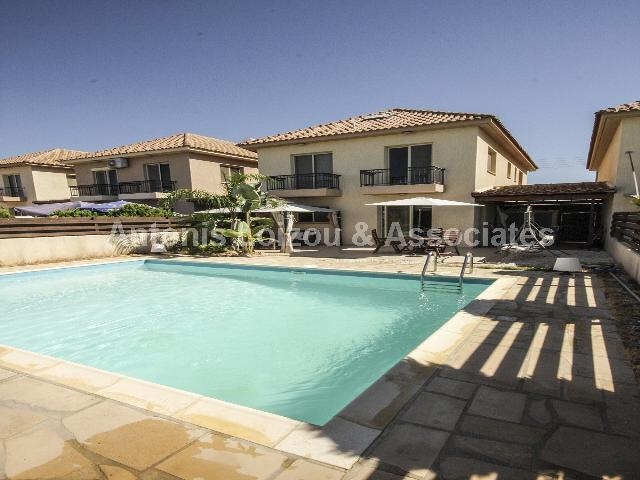 Semi detached Ho in Limassol (Ypsoupoli) for sale