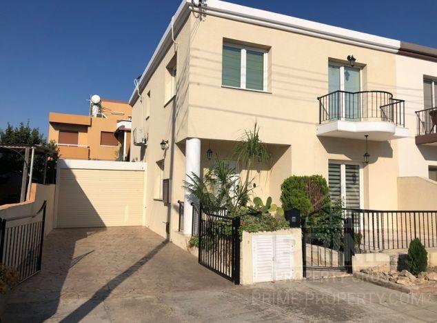 Townhouse in Limassol (Zakaki) for sale