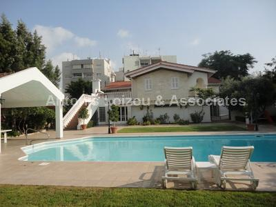 Villa in Nicosia (Acropolis) for sale