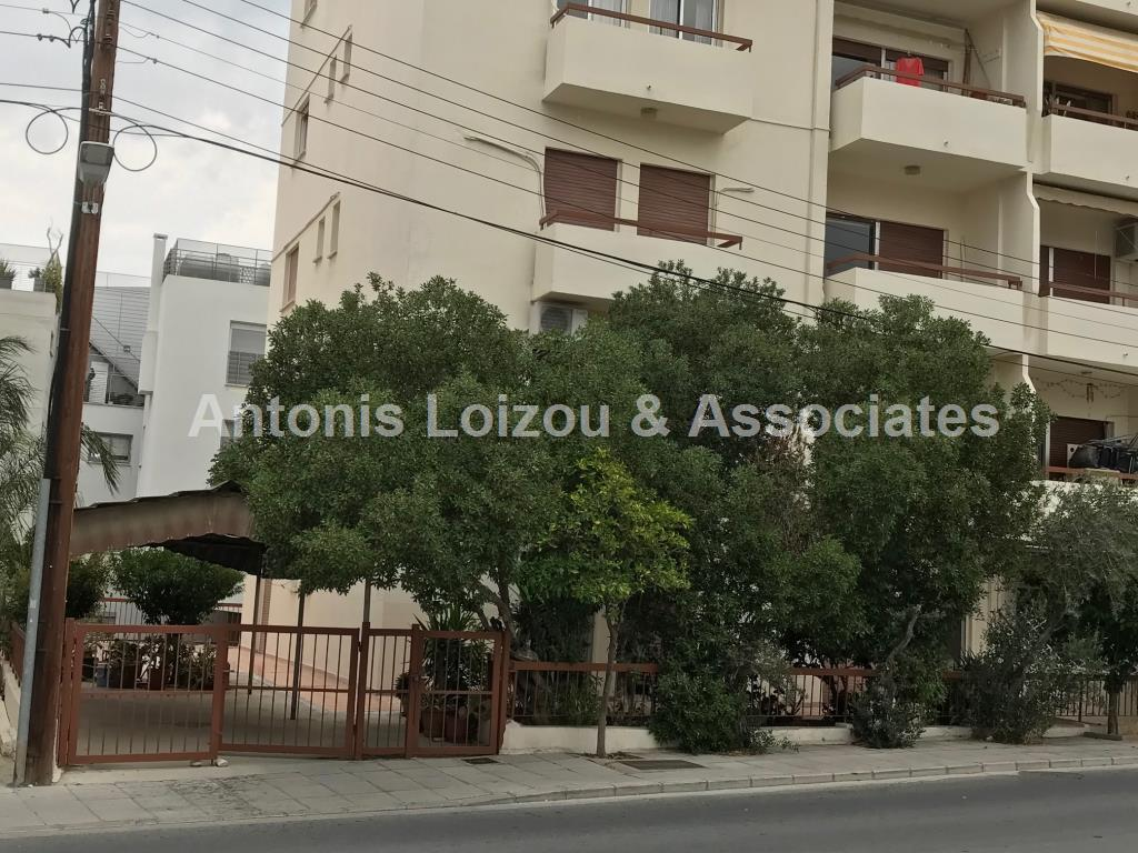 3 Bedroom Apartment in Agioi Omologites