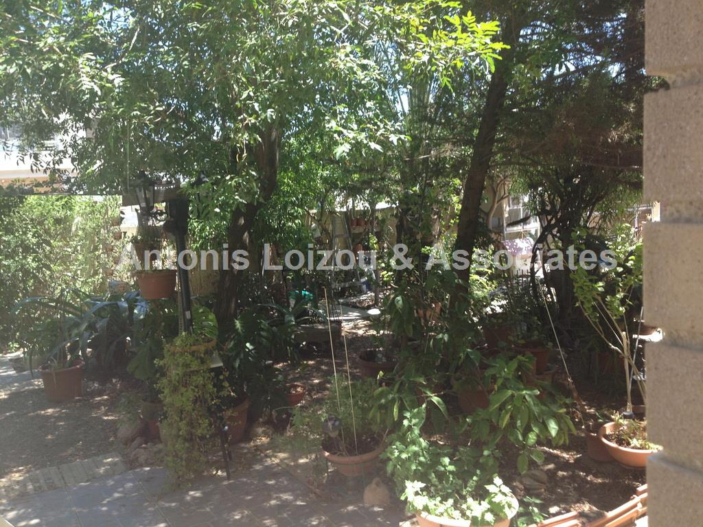 Detached House in Nicosia (Agios Dometios ) for sale