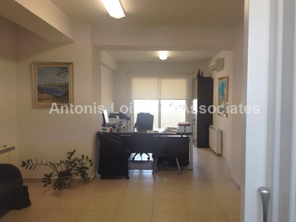 Office in Nicosia (Agios Dometios) for sale