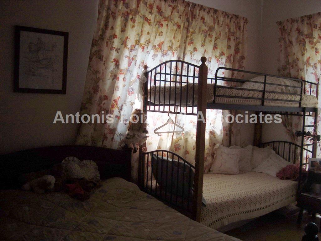 4 Bedroom Detached House in Alambra properties for sale in cyprus