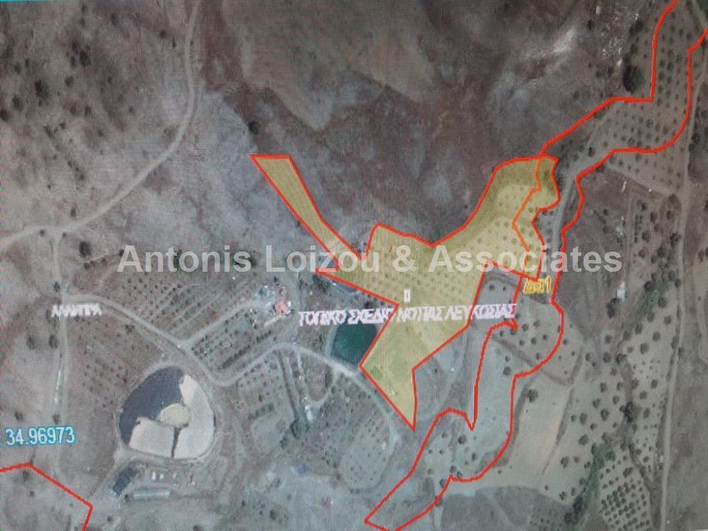 Field in Nicosia (Alambra) for sale