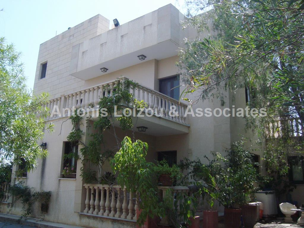Detached House in Nicosia (Alambra) for sale