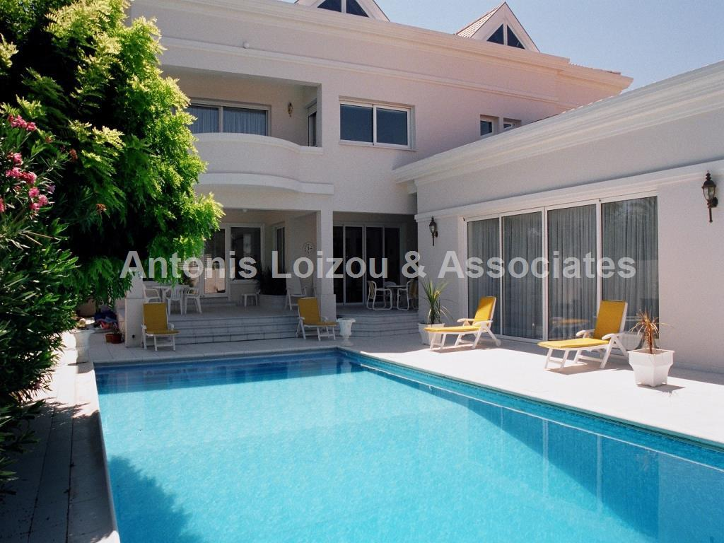 6 Bedroom Villa with swimming pool in Engomi properties for sale in cyprus