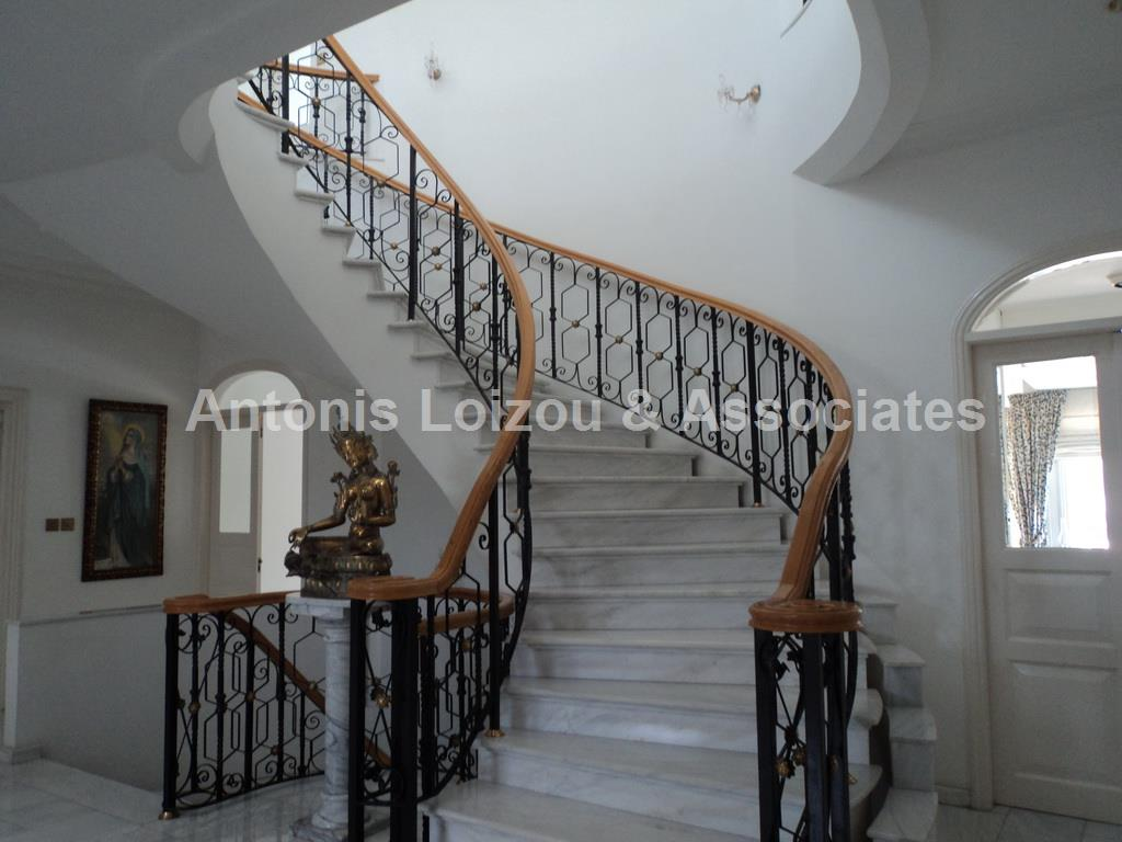 6 Bedrooms Detached Villa behind Hilton Park Hotel in Engomi properties for sale in cyprus