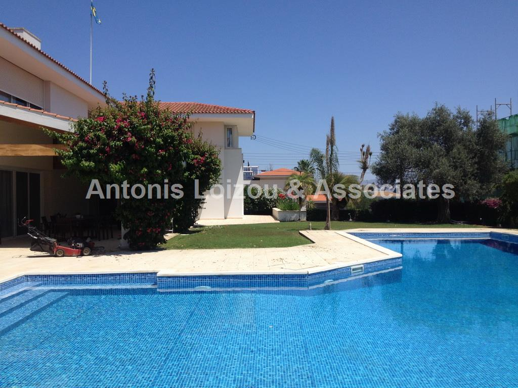 6 Bedroom Villa in Mont Parnasse - Engomi  properties for sale in cyprus