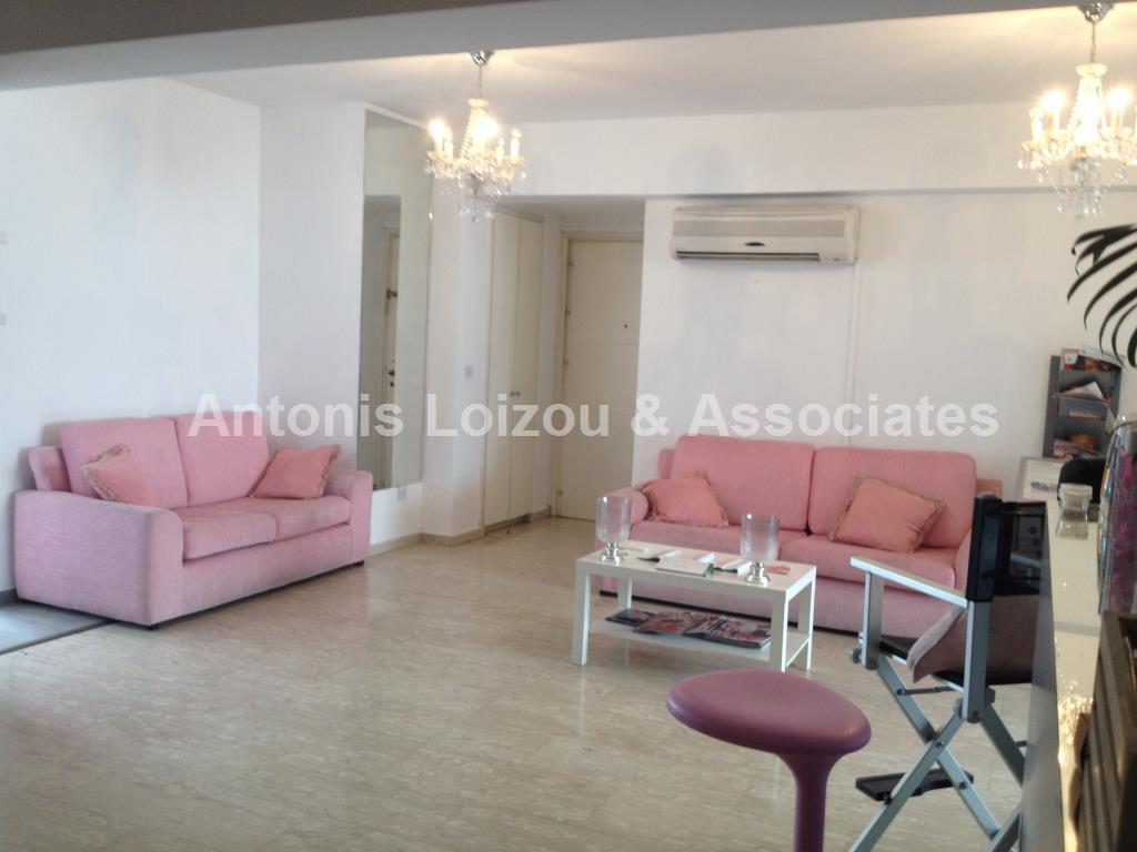 3 Bedroom top floor Apartment in Engomi