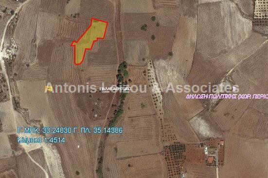 Field in Nicosia (Paliometocho) for sale