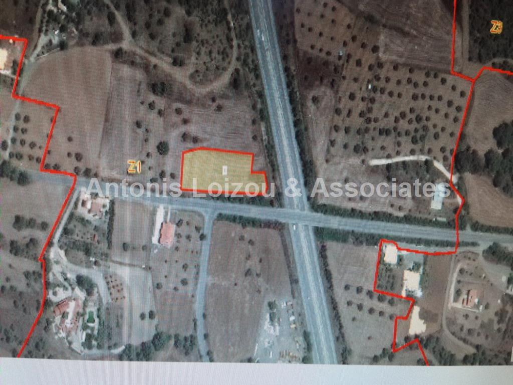 Field in Nicosia (Sia) for sale