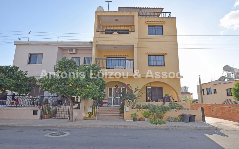 Apartment in Paphos (Agios Theodoros) for sale