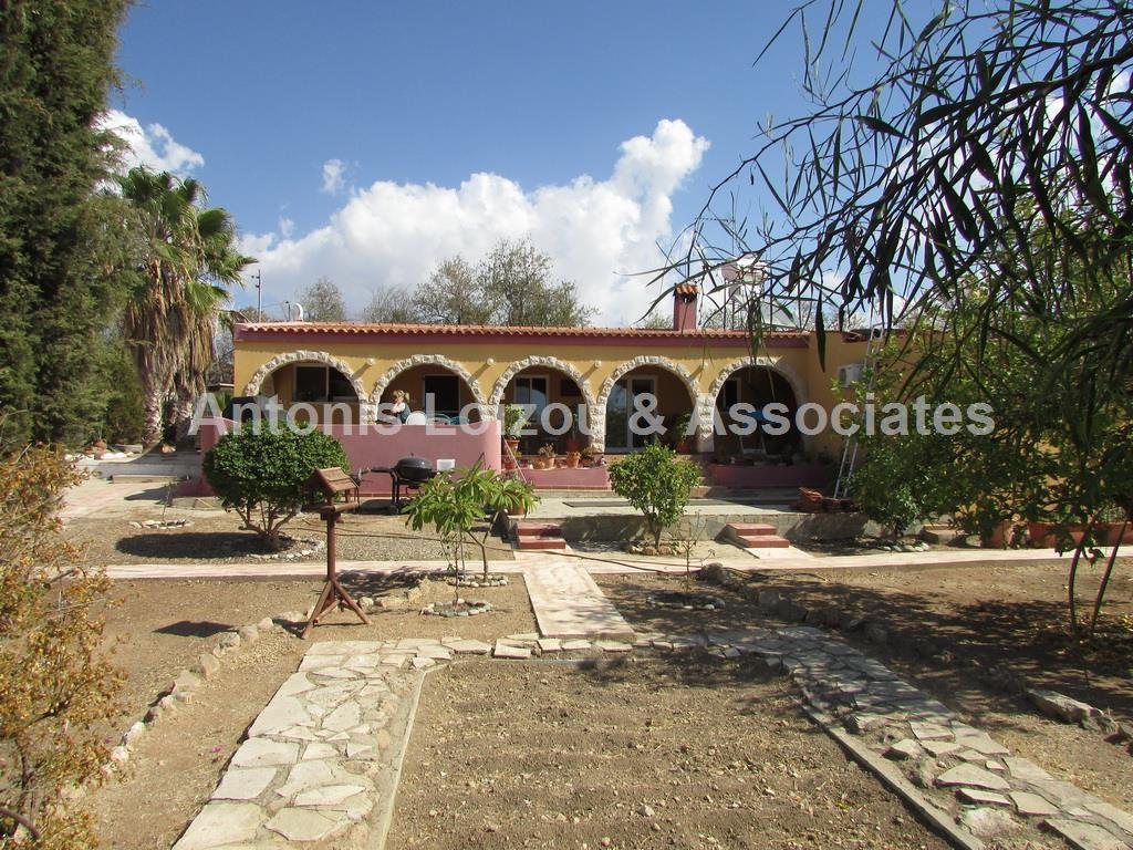 Bungalow in Paphos (Anarita) for sale