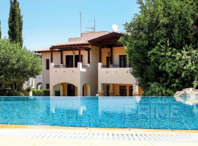 Sale of townhouse, 153 sq.m. in area: Aphrodite Hills - properties for sale in cyprus