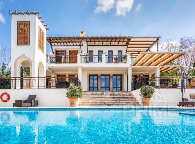 Sale of villa, 321 sq.m. in area: Aphrodite Hills - properties for sale in cyprus