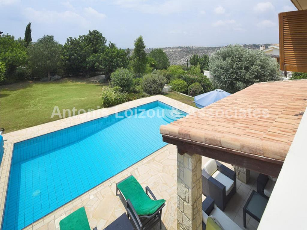 Luxury 3 Bed Detached Villa Aphrodite Hills properties for sale in cyprus