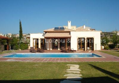Golf Course Resort - Three Bedroom Detached Luxury Villa