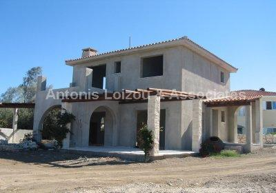 Detached Villa in Paphos (Argaka) for sale
