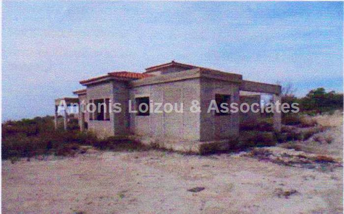 Bungalow in Paphos (Armou) for sale