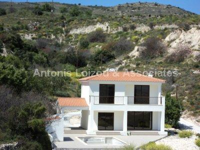 Detached Villa in Paphos (Armou) for sale