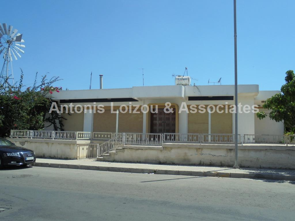 Detached House in Paphos (Ayios Theodoros Paphos) for sale