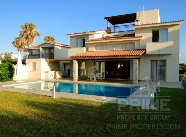 Sale of villa in area: Chloraka -