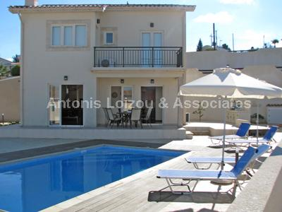 Villa in Paphos (Droushia) for sale