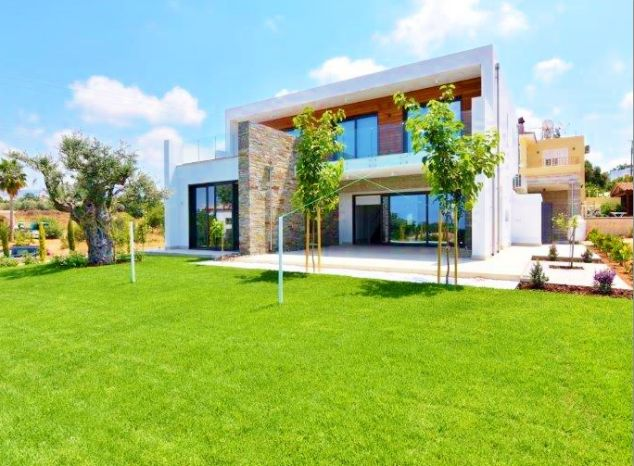 Villa in Paphos (Emba) for sale