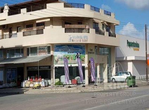 Sale of shop, 200 sq.m. in area: Geroskipou - properties for sale in cyprus