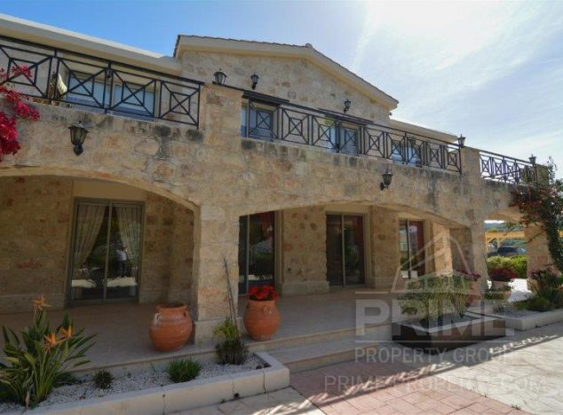Sale of villa, 770 sq.m. in area: Giolou - properties for sale in cyprus