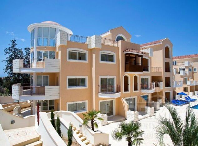 Townhouse in Paphos (Kato Paphos) for sale