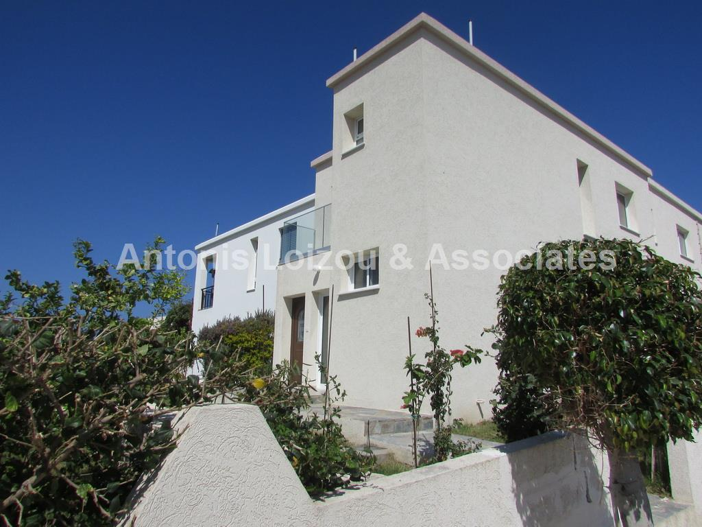 Semi detached Ho in Paphos (Kato Paphos) for sale