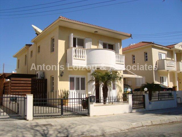 Detached House in Paphos (Kato Paphos) for sale