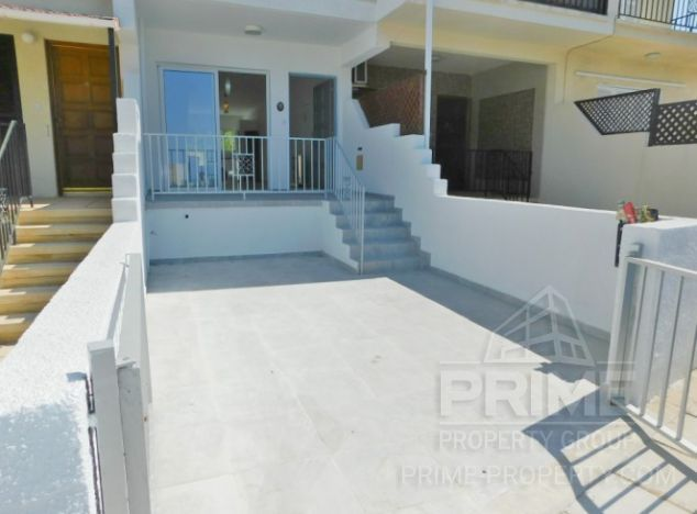 Townhouse in Paphos (Kissonerga) for sale