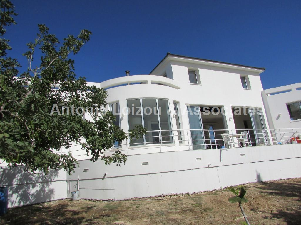 Spacious and Exceptional 4 Bed Detached House in Konia