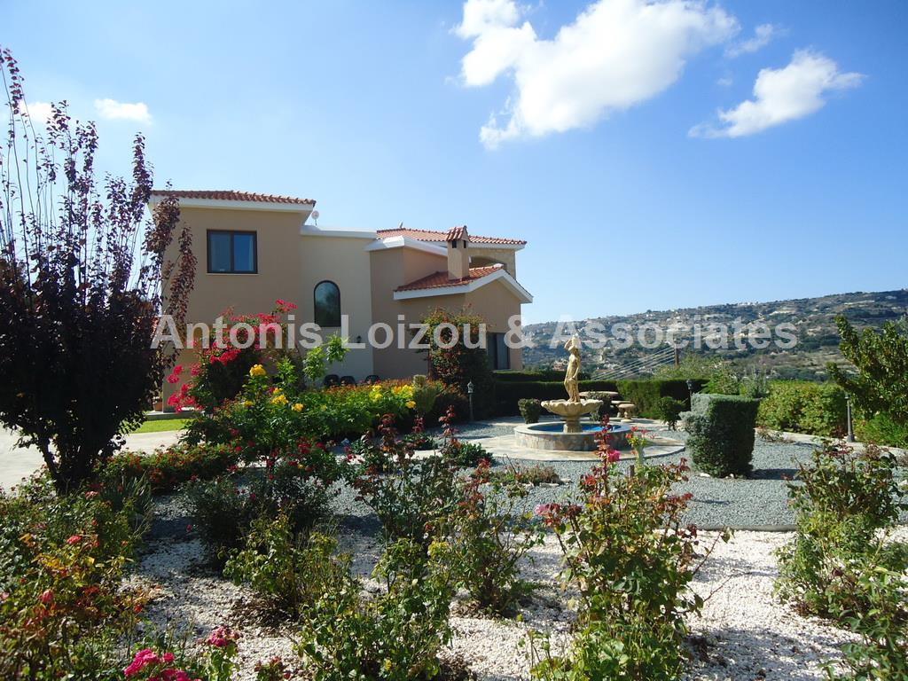 Villa in Paphos (Letymbou) for sale