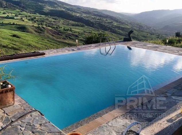 Villa in Paphos (Marathounta) for sale