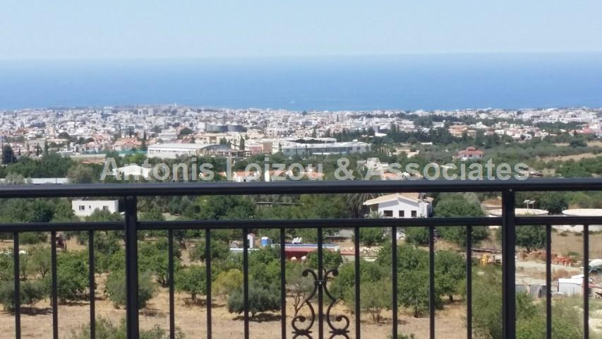 3 Bed Top Floor Apartment in Mesa Chorio properties for sale in cyprus