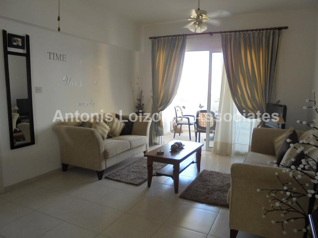 Lovey spacious 2 Bed Apartment Pano Paphos properties for sale in cyprus