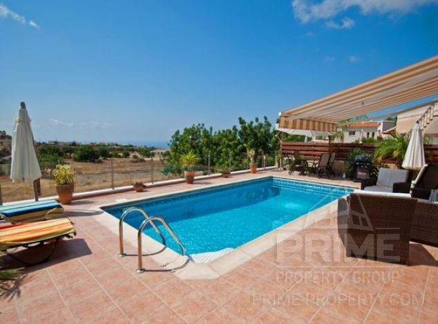 Sale of bungalow, 152 sq.m. in area: Pegeia - properties for sale in cyprus