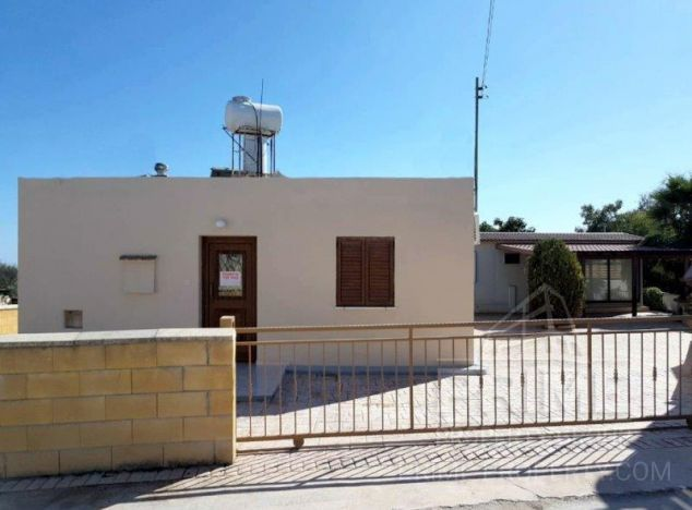 Sale of bungalow in area: Polemi - properties for sale in cyprus