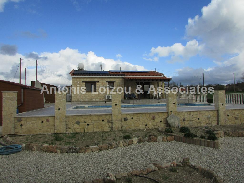 3 Bed Bungalow Stunning Views Polemi