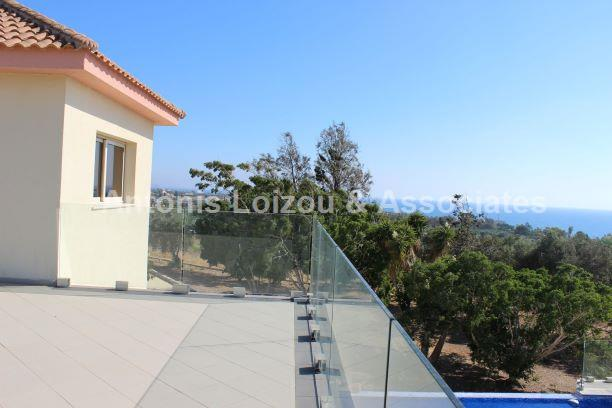 Detached House in Paphos (Sea Caves) for sale