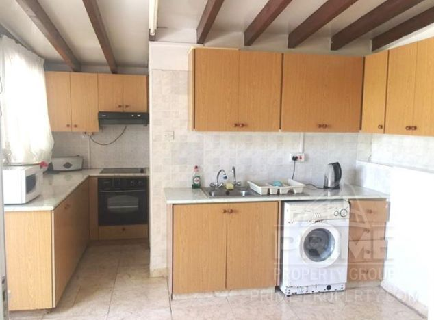 Apartment in Paphos (Sea Caves) for sale