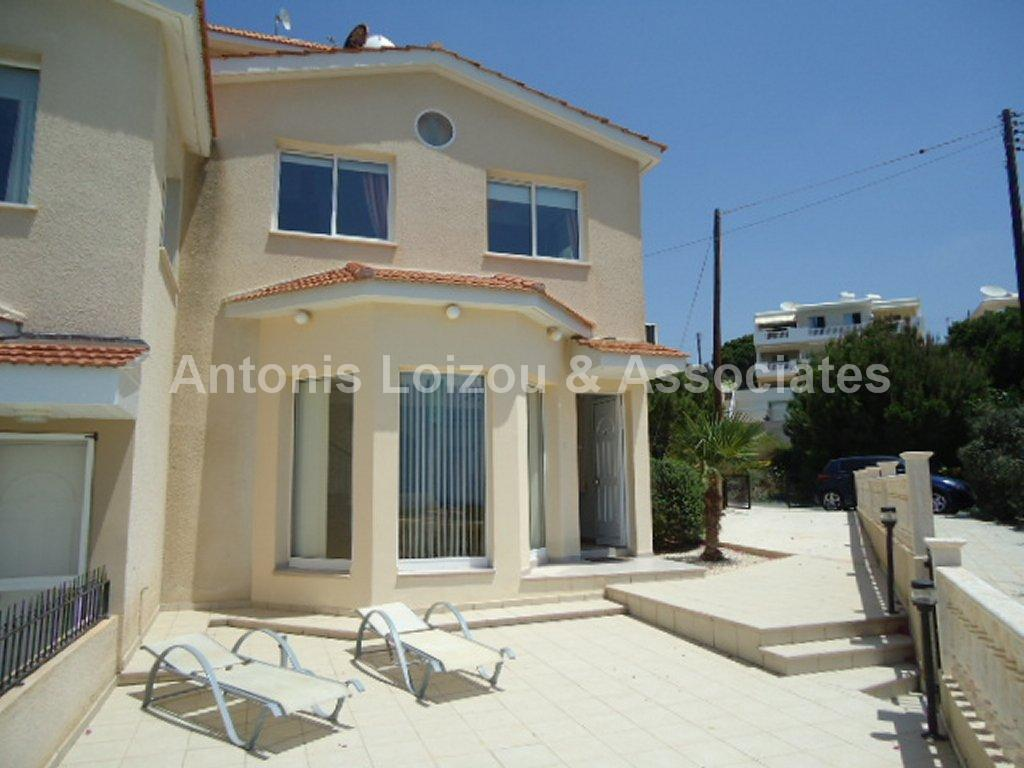 Terraced House in Paphos (Sea Caves) for sale