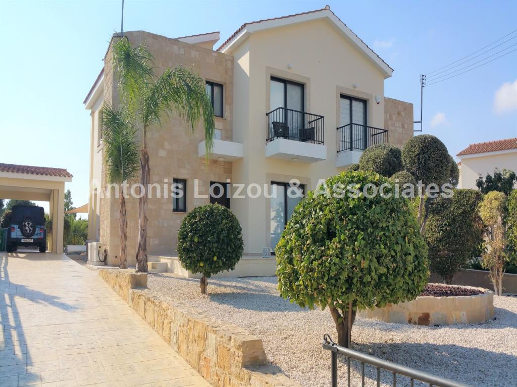 Semi detached House in Paphos (Secret Valley) for sale