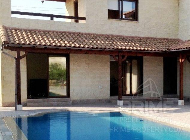 Villa in Paphos (Stroumpi) for sale
