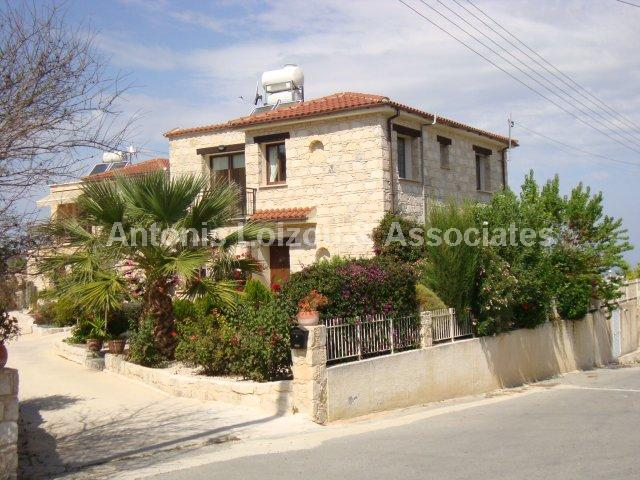 Traditional Hous in Paphos (Stroumpi) for sale