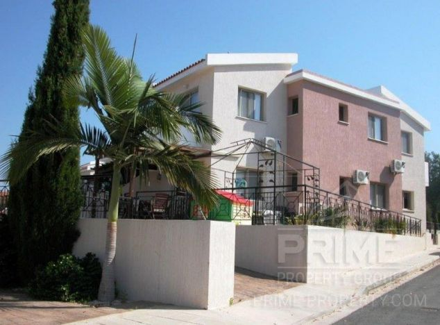 Sale of townhouse, 140 sq.m. in area: Tala - properties for sale in cyprus