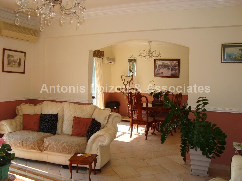 Six Bedroom House in Tala Reduced properties for sale in cyprus